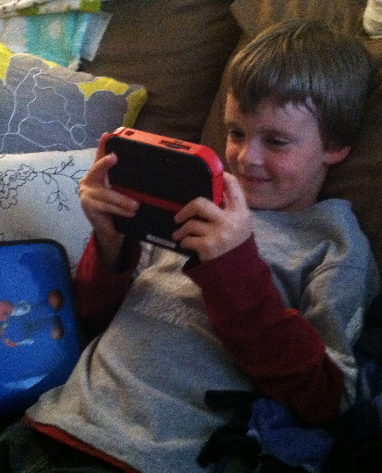 Kid Playing 2DS